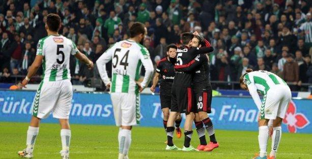 Beşiktaş, Torku Konyaspor'u yenerek liderliğini sürdürdü