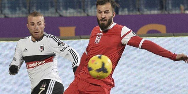 Beşiktaş, zirve yarışında bir yara daha aldı