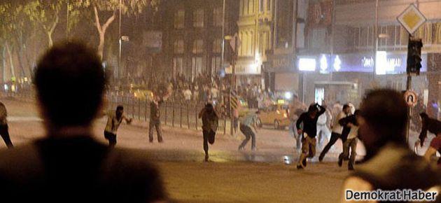 Beşiktaş'ta polis saldırdı, gazın etkisi Taksim'e de ulaştı
