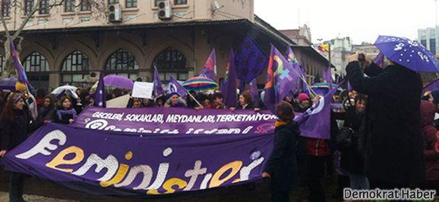 Binlerce kadın 8 Mart için Kadıköy'deydi