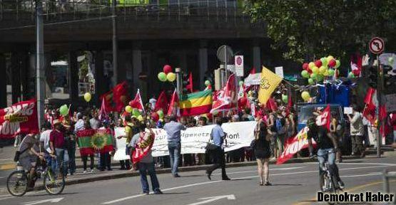İsviçre'nin yeni iltica yasasına protesto