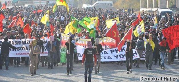 Binlerce kişi sınırda İran'daki idamları protesto etti