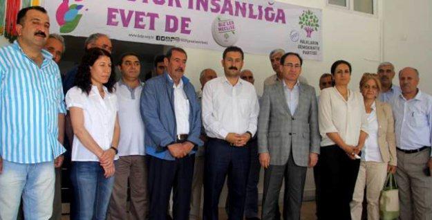 Bir büyük aşiret daha HDP'ye katıldı