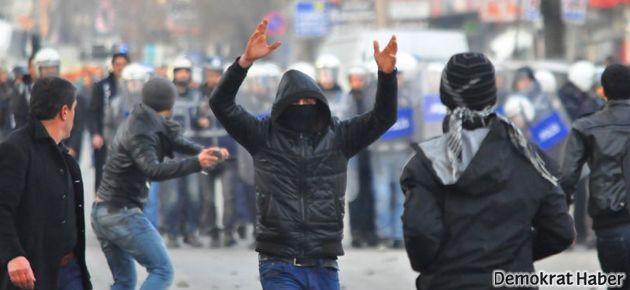 Birçok ilde 15 Şubat protestosu ve polis saldırısı