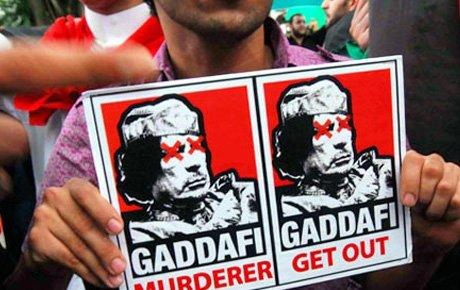 BM'den Kaddafi'ye ağır darbe