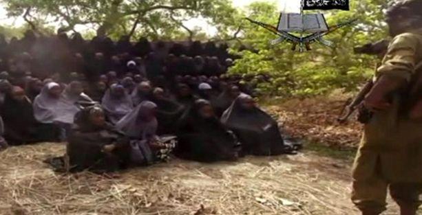 Boko Haram kızlara ait görüntüleri yayınladı