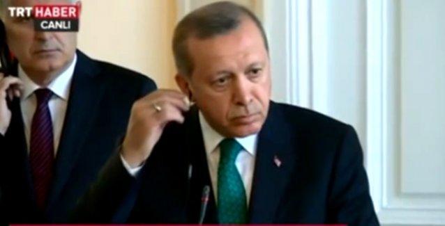 Bosna Hersek'e giden Erdoğan orada da Boşnak bir gazeteciyi azarladı