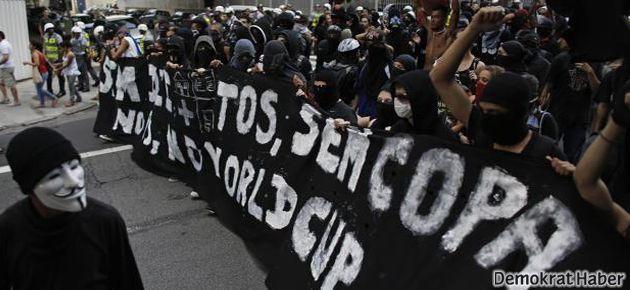 """Brezilya'da halk  Dünya Kupası'na karşı:  """"FIFA Defol!"""""""