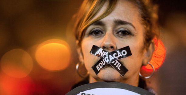 Brezilya'da kadın öğretmenlere bekaret testi uygulamasına karşı dava açıldı