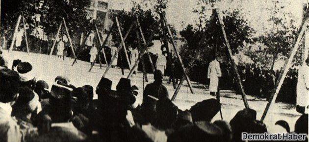 'Bu topraklardaki ilk sosyalist partiyiz!'