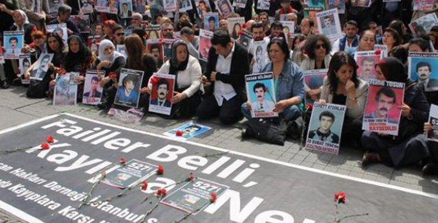 Buldan: Barış, Cumartesi Anneleri Meydanı'ndan geçer