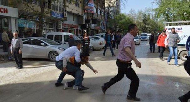 Bursa'da HDP'ye saldırı girişimi