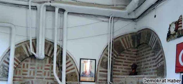 Bursa'da tarihi binaya boru kuşatması
