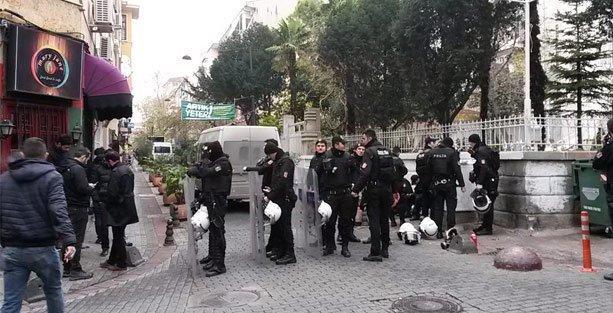 Polis, Caferağa Dayanışma Evi'ni boşalttı!