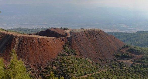 Çaldağ'da nikel çıkarma projesine onay: 2 milyon ağacın kesilmesi öngörülüyor!