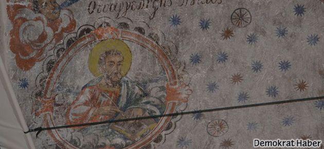 Cami kubbesinde Hz. İsa figürleri