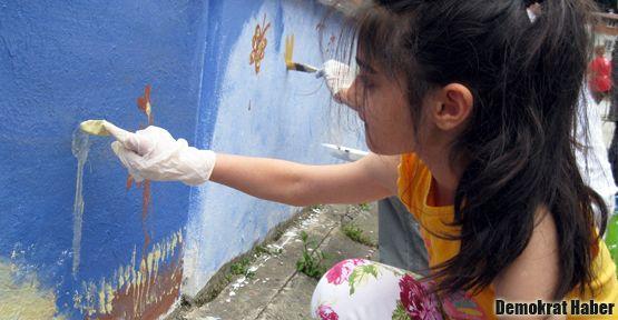 Çamlıhemşin'e uluslararası kadın eli değdi