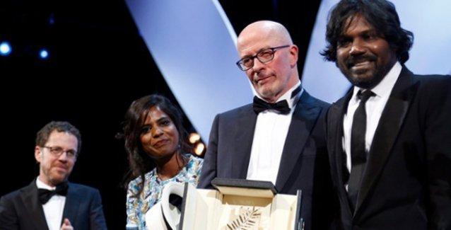 Cannes'da ödüller sahiplerini buldu: Altın Palmiye Dheepan'a