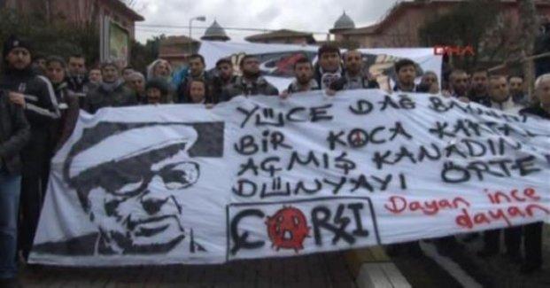 Çarşı, Yaşar Kemal'i ziyaret etti