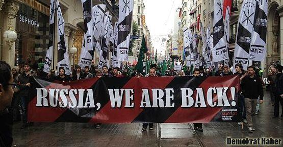 Çerkesler İstanbul'da gürledi: Rusya, Biz Geri Geldik!