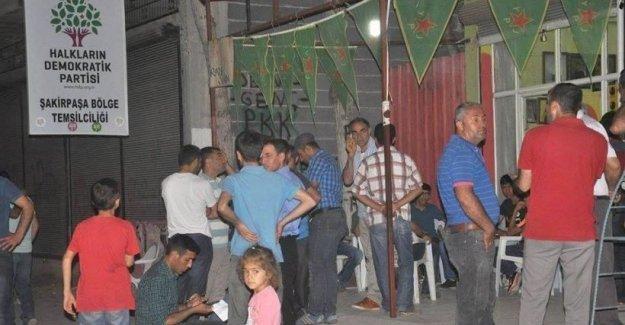 Ceyhan'da HDP bürosuna silahlı saldırı