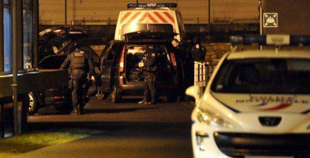 Charlie Hebdo saldırısının ardından gözaltına alınan 5 kişi serbest bırakıldı