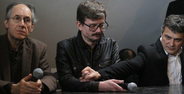 Charlie Hebdo'nun yayın yönetmeni: En önemlisi Türkçe baskı!