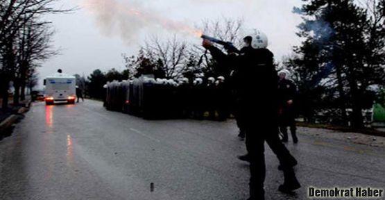 CHP: Barış'ı taş değil, polisin gaz bombası yaraladı