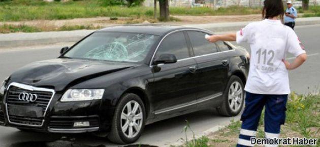 CHP'li vekillerin de bulunduğu konvoyda kaza