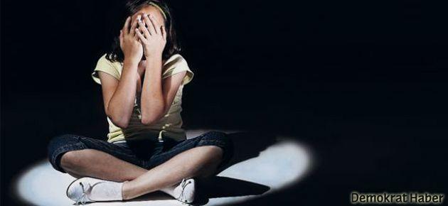 Cinsel istismar mağduru kız çocuğuna muayene işkencesi