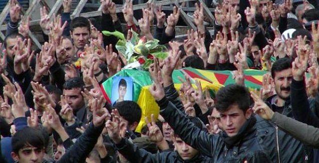 Cizre'deki gençler: Öcalan'ın çağrısıyla hendekleri kapattık, poşuları çıkardık
