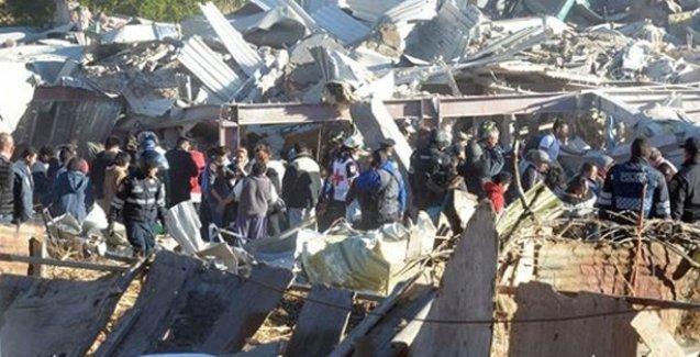 Çocuk hastanesi çöktü:  7 ölü, 54 yaralı