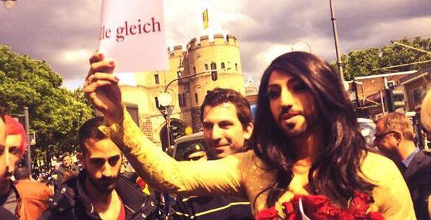 'Conchita Wurst, Erdoğan'ı protesto mitinginde' muamması