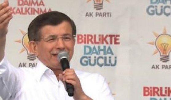 Davutoğlu'ndan 'seks cumhuriyeti' gafı