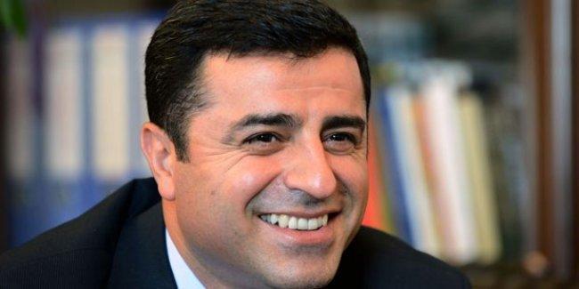 Demirtaş'tan Erdoğan'a: Kim olduğumu sormuşsun, tanışalım mı?
