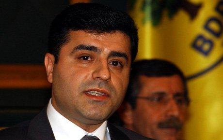 Demirtaş: Erdoğan padişah gibi yönetmek istiyor
