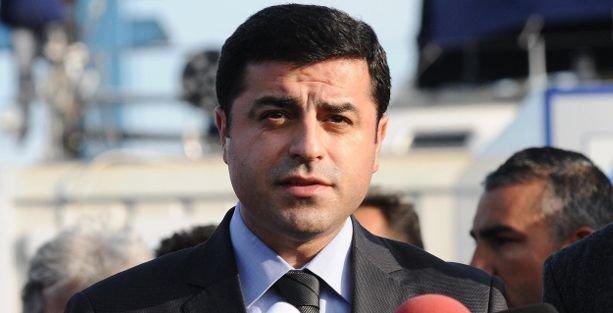 Demirtaş'tan Arınç'a: Sizi Başbakan yapmadılar diye ergen gibi öfkelenmek zorunda mısınız?
