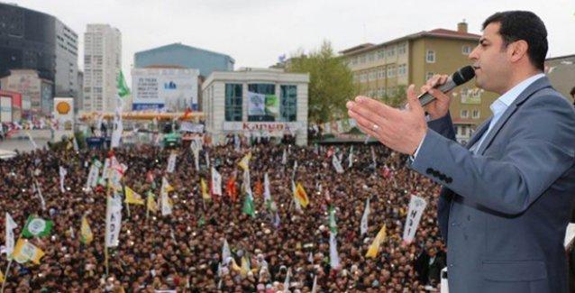 Demirtaş: Kenan Evren'in koyduğu Erdoğan'ın sıkı sıkı sarıldığı barajın altında kalacaklar