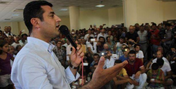 Demirtaş: Rize'deki ırkçı grup Başbakan'a güveniyor!