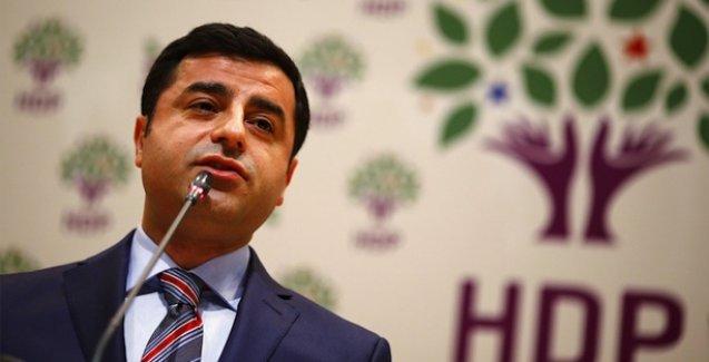 Demirtaş: 600 TV kanalı HDP'yi baraj altında bırakmak için çalışıyor