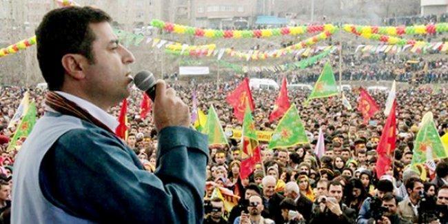 Demirtaş'tan Erdoğan'a: Karadeniz'in selamı Hakkari'ye ulaşıyorsa senden isteyeceğimiz bir şey kalmamıştır