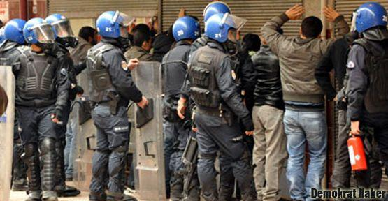 Denizli'de 30 öğrenci tutuklandı