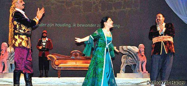 Devlet Tiyatroları'nda Kürtçe açılımı
