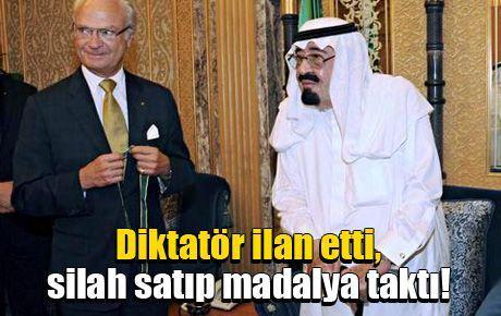 Diktatör ilan etti, silah satıp madalya taktı!