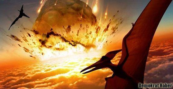 Dinozorları bir değil iki asteroit yok etti