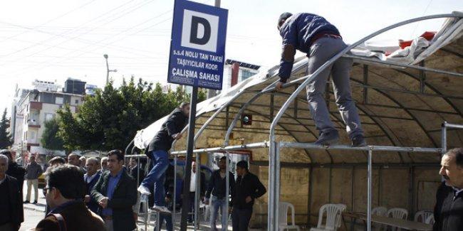 'Direniş çadırı' sökülen otogar esnafından MHP'li Başkan'a: 'İlk 5 yılın, inşallah son 5 yılın olur'