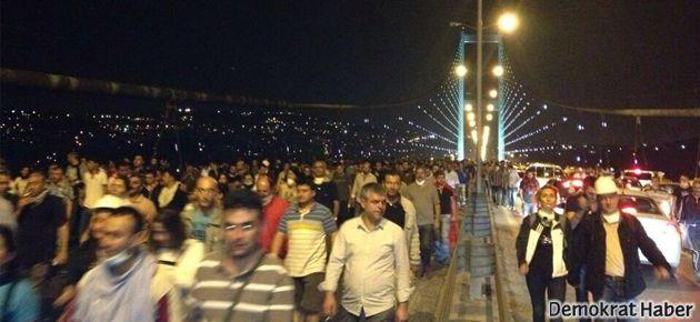 Direnişçiler Boğaz Köprüsü'nü geçti