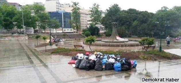 Direnişçiler el birliğiyle Taksim'i temizledi
