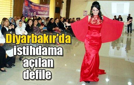 Diyarbakır'da istihdama açılan defile