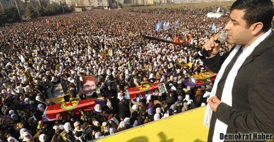 Diyarbakır'da yüzbinler 'Barış' dedi!